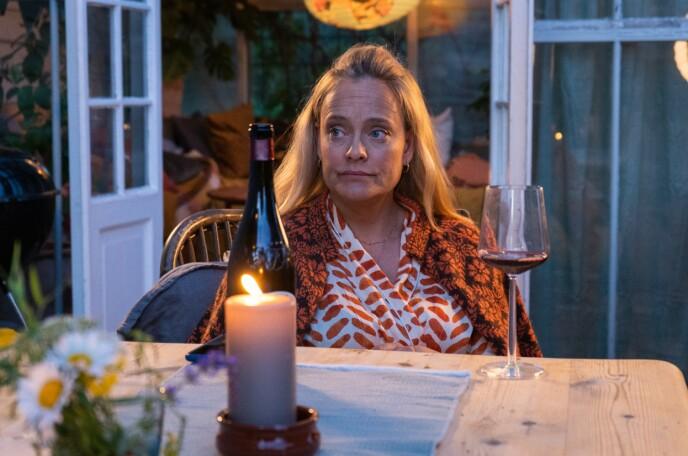 PØRNI: Henriette Steenstrup har både skrevet manus og spiller hovedrollen i den nye serien i seks deler, som skal gå på Viaplay. FOTO: Marius Bjellebø // Viaplay