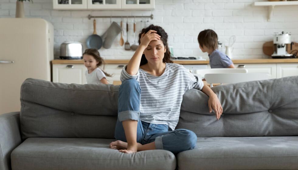 ER DU FORNØYD? - Det viktigste er kanskje å kjenne etter om du trives med arbeidsfordelingen hjemme. Det er et vanlig tema å ta tak i i parterapi, sier Søyland. FOTO: NTB