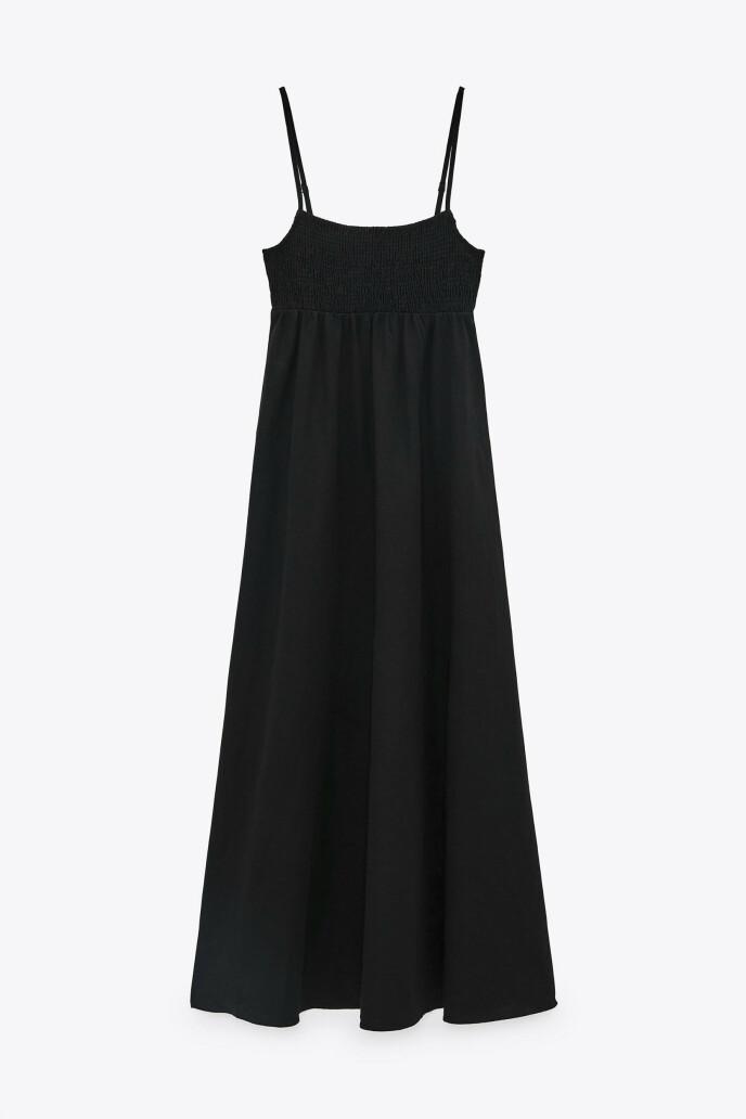 Kjole med tynne stropper (kr 450, Zara).