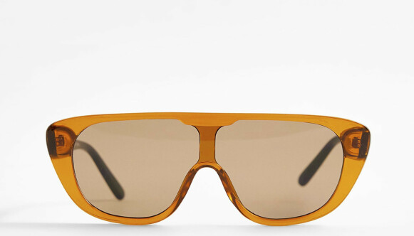 Solbriller (kr 250, Zara).