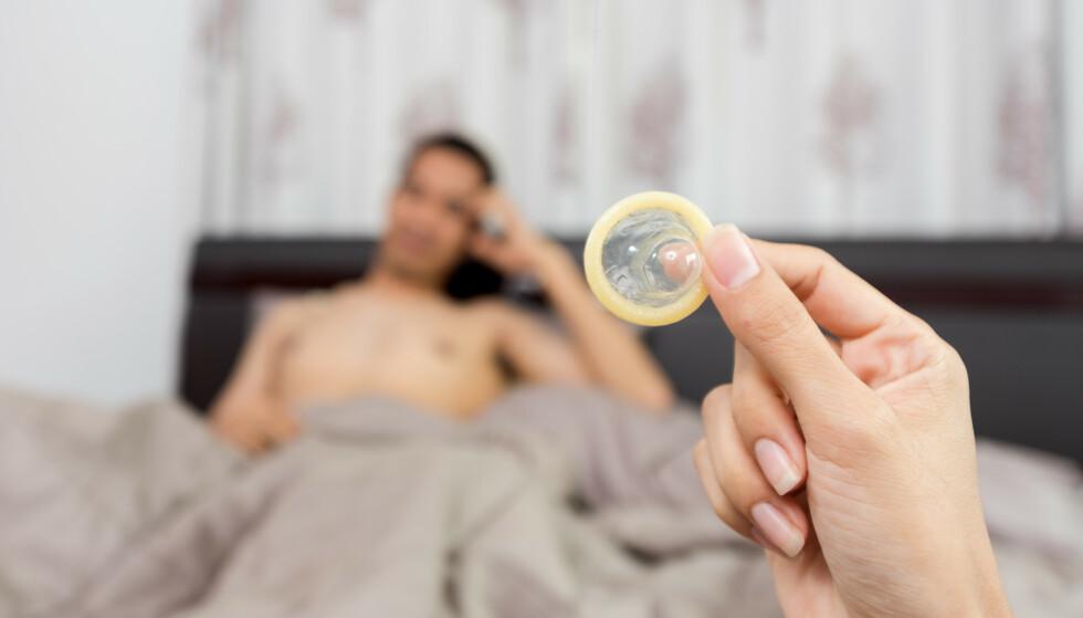 FØLES SOM ET OVERGREP: Å fjerne kondomet i hemmelighet under samleie er en handling som kan gi store konsekvenser som graviditet og seksuelt overførbare infeksjoner, og det uten samtykke. FOTO: NTB