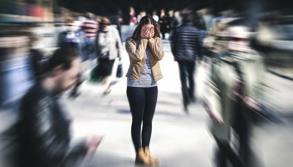 GIFTIG: - Langvarig stress kan være skadelig og farlig. Det er det vi kaller for giftig stress, som kan føre til høyt blodtrykk, utmattelse og smerter, sier professor. FOTO: NTB