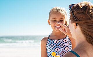 Kan barn bruke solkrem for voksne - og omvendt?