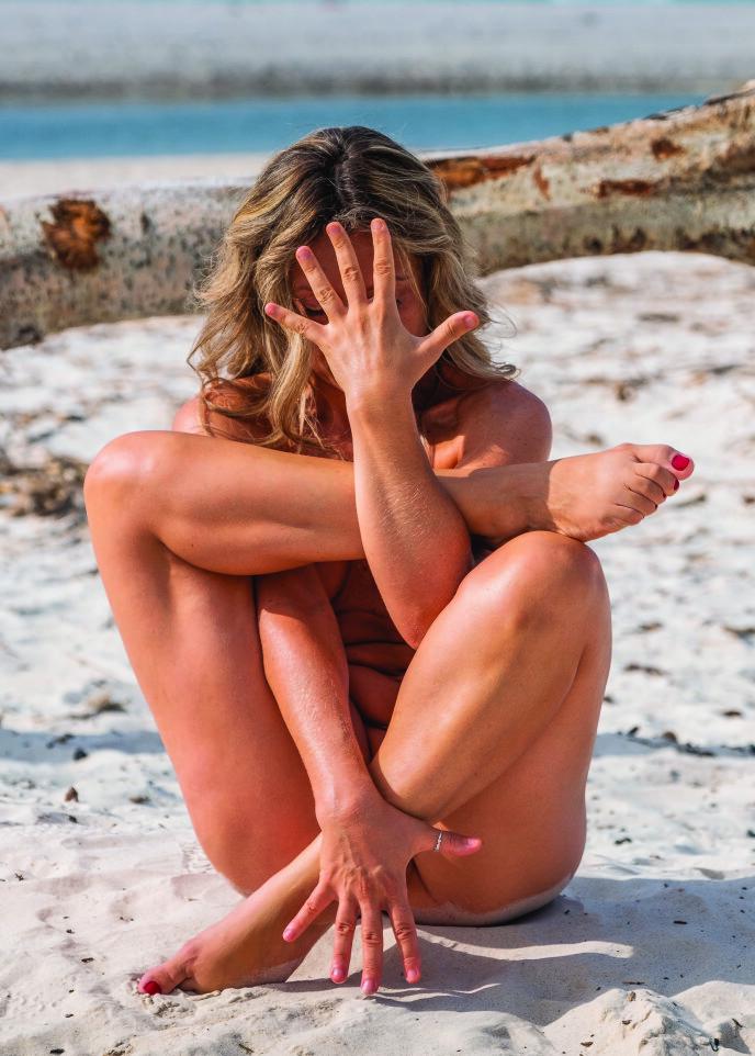 - La oss være gode forbilder og lære barna våre at nakenhet ikke er noe å skjule eller være flau over. FOTO: Roberto Nencini