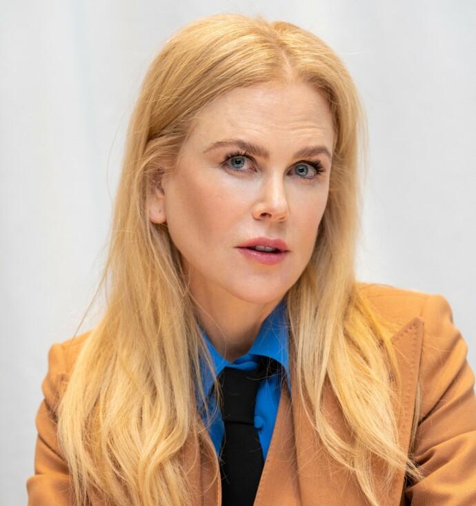 SOMMERFUGLEFFEKT: Nicole Kidman frykter lette vinger gjennom luften. Bildet tatt i forbindelse med serien «The Undoing». FOTO: Magnus Sundholm/NTB