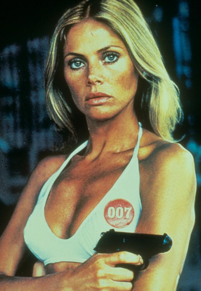 BRITT EKLAND SOM BOND-PIKE: I 1974 var Britt Ekland Bond-pike i «The Man With the Golden Gun». FOTO: NTB