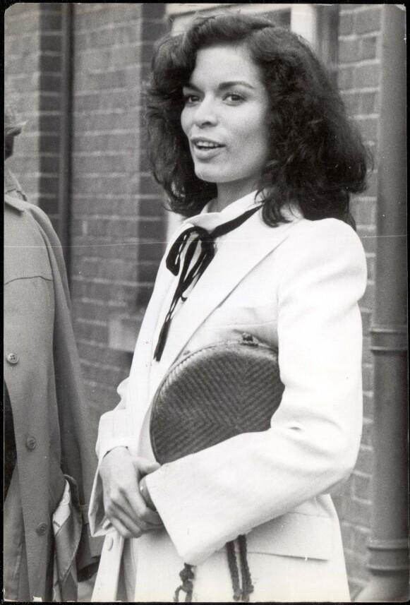 TIL INSPIRASJON: Bianca Jagger er et stilikon når det kommer til både klær og hår. FOTO: Laurence Cotterell/ANL/REX