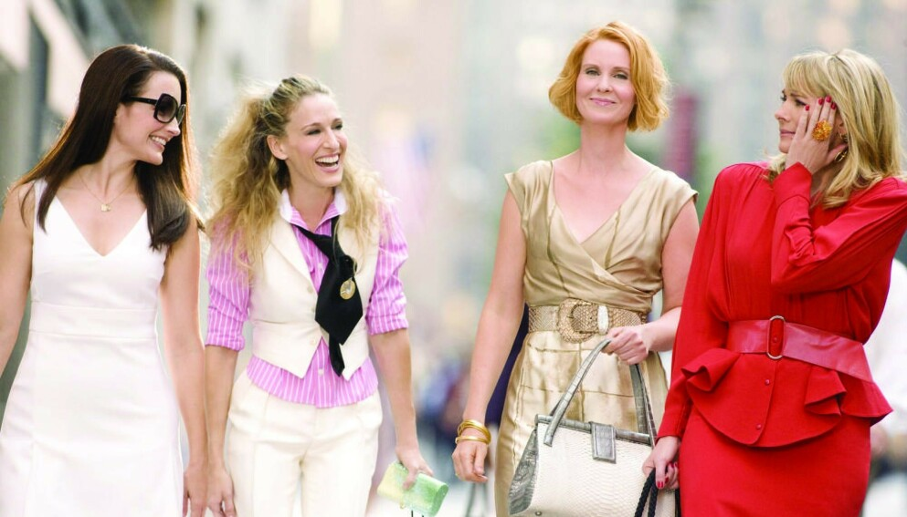 GJENFORENT: Tre av de fire venninnene gjenforenes i den nye «Sex og singelliv»-serien. FOTO: Stills/REX