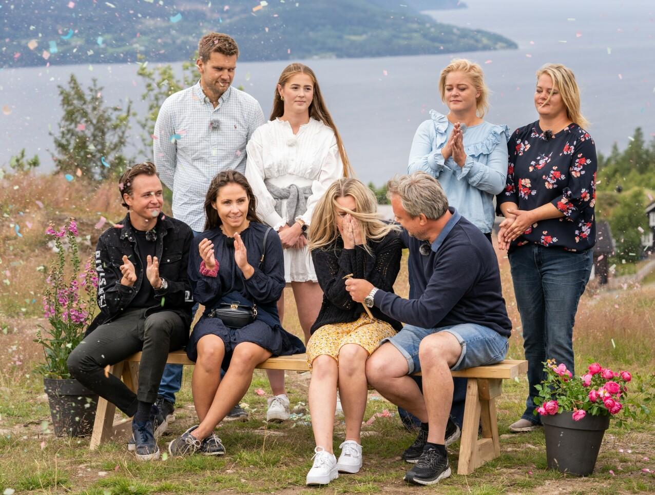 FINALEN: Det var far og datter Kurt og Veronica som stakk av med Sommerhytta-seieren. Kjæresteparet Jone og Anna øverst til venstre kom på en bitter andreplass. FOTO: Espen Solli // TV2