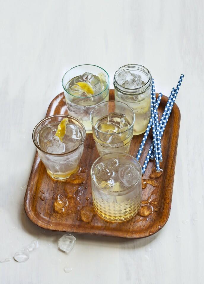 Få ting kan matche et glass forfriskende limonade en varm sommerdag. FOTO: Maria P.
