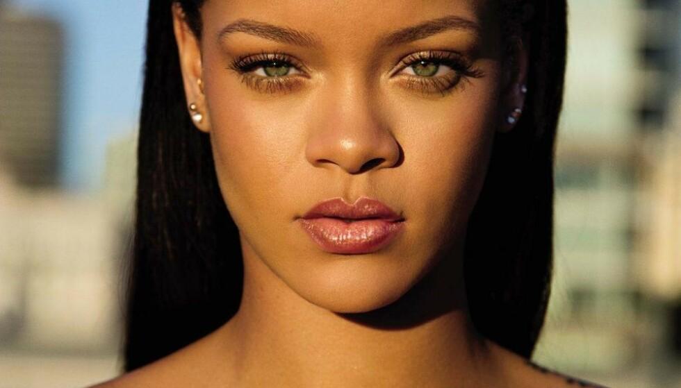 TRENDER: Kroppssminke er hot i skjønnhetsverdenen. Rihannas Fenty Beauty er en av aktørene som satser på såkalt body foundation. Men trenger vi det egentlig? FOTO: FENTY BEAUTY