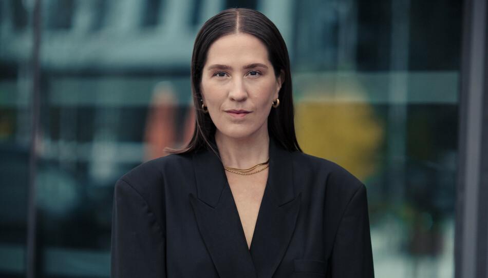SALGSTIPS: Ida Elise Eide Einarsdóttir er mote- og skjønnhetsansvarlig i KK. Her gir hun deg sine beste salgstips. FOTO: ASTRID WALLER