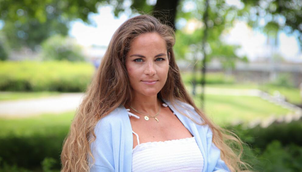 SVANGERSKAPSDEPRESJON: Karoline Røed (34) har hatt et veldig tungt svangerskap mentalt. Hun ønsker å bevisstgjøre andre som opplever det samme. Foto: Ida Bergersen