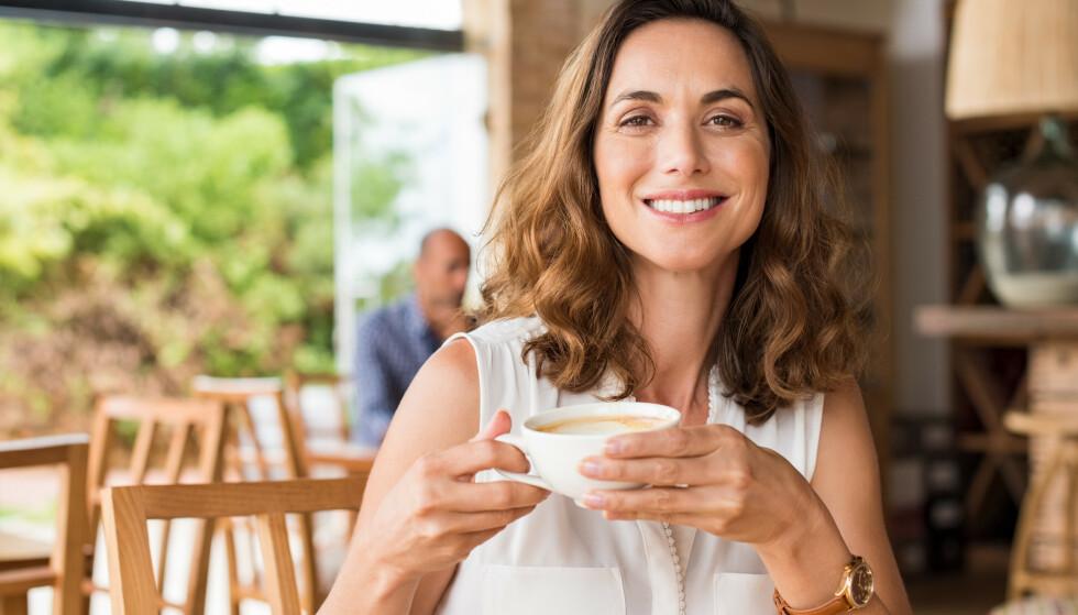 KAFFE: Studie viser en sammenheng mellom inntak av kaffe og lavere fettprosent blant kvinner. FOTO: NTB