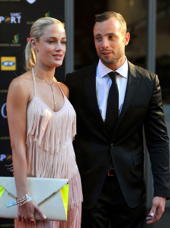 FØRSTE OFFENTLIGE TILSTELNING: Oscar Pistorius og Reeva Steenkamp på rød løper kort tid etter at de to begynte å date. Forholdet varte bare fra november 2012 til februar 2013. FOTO: NTB