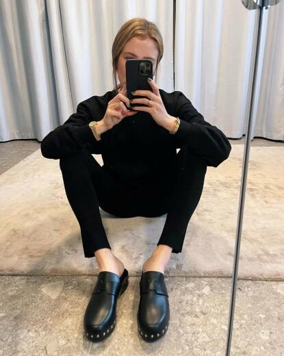 Influencer Annabel Rosendahl i tresko fra Hermès