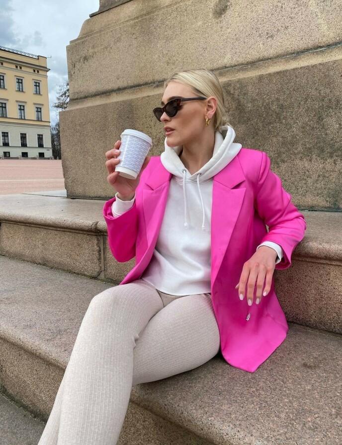 TØFF OPPVEKST: I Risør møtte hun ikke mye forståelse. I Oslo har det gått bedre. Foto: Instagram @angiesophie