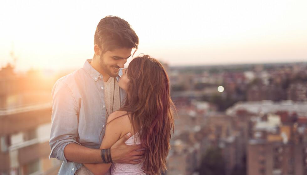 KAN FINNE KJÆRLIGHETEN PÅ DATINGAPPER: Personer som møtes på datingapper er faktisk mer tilbøyelige til å flytte sammen, ifølge ny studie. FOTO: NTB