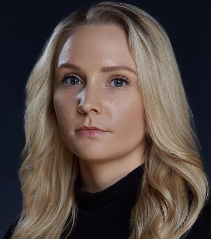 BRYN: Annika Larsen fra Brow Rehab har mange gode tips til bryn - og minner om vanlige feil. Foto: Stephen Grindhaug