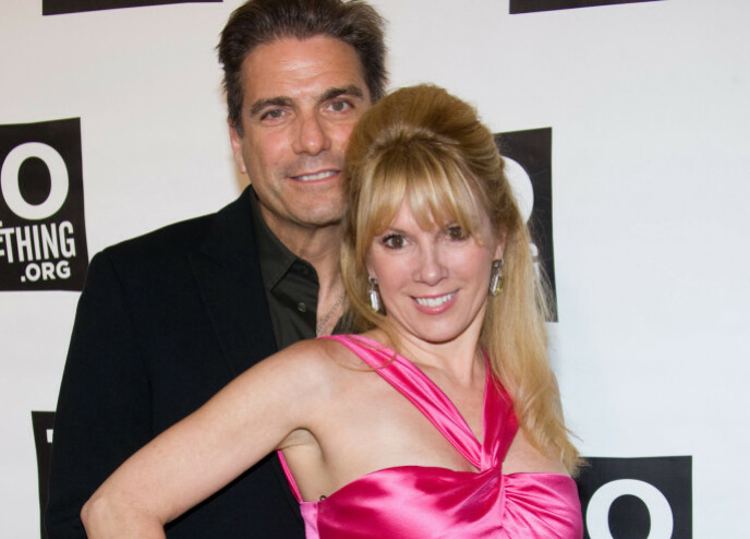 OVER OG UT: En affære skal være årsaken til at Mario og Ramona Singer skilte lag. Her i 2009. Foto: Charles Sykes / REX / NTB