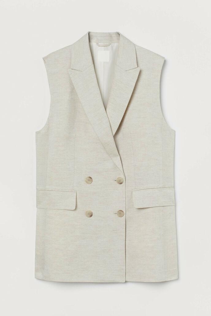 Dobbeltspent vest (kr 300, H&M).