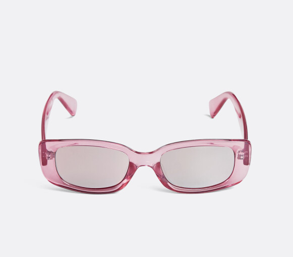 Rosa solbriller (kr 100, Bik Bok).