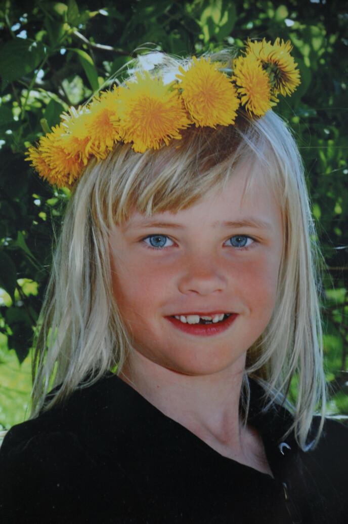 SKOLEJENTE: Siri visste og viste fra tidlig alder at hun var jente. FOTO: Privat