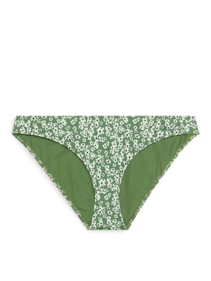 Bikinitruse (kr 190, Arket).