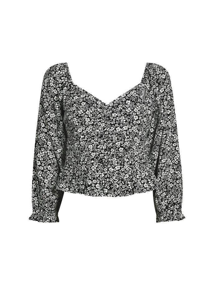 Bluse (kr 250, Bik Bok).