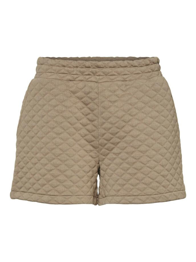 Shorts (kr 350, Noisy May).