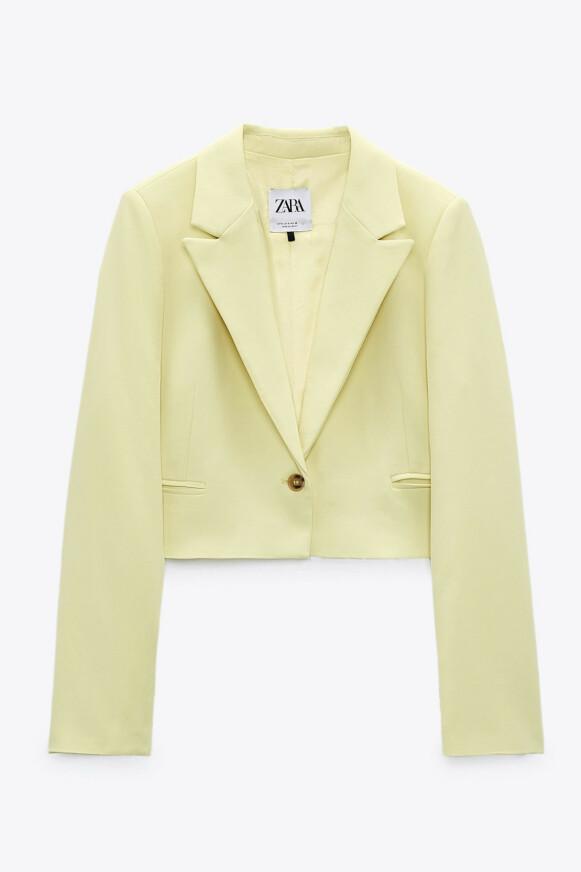 Kort blazer (kr 600, Zara).