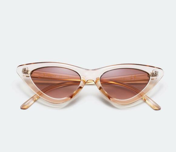 Solbriller med transparent ramme (kr 100, Glitter).