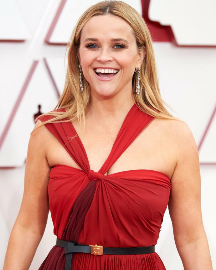 OSCAR: Reese Witherspoon under Oscar-utdelingen i 2021. Selv har hun tidligere fått en Oscar for sin tolkning av June Carter i filmen «Walk the Line», og Johnny Cash' liv. FOTO: NTB