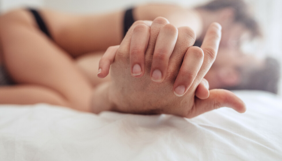 "HELT NORMALT: Mange tenker at ""alle andre"" får orgasme vaginalt, men det stemmer ikke. Du er ikke kravstor eller vanskelig hvis du for eksempel ønsker mer klitorisstimuli. FOTO: NTB"