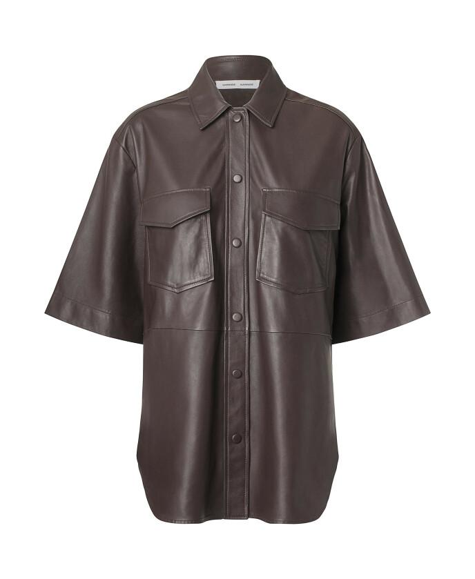 Skjorte (kr 4500, Samsøe & Samsøe).