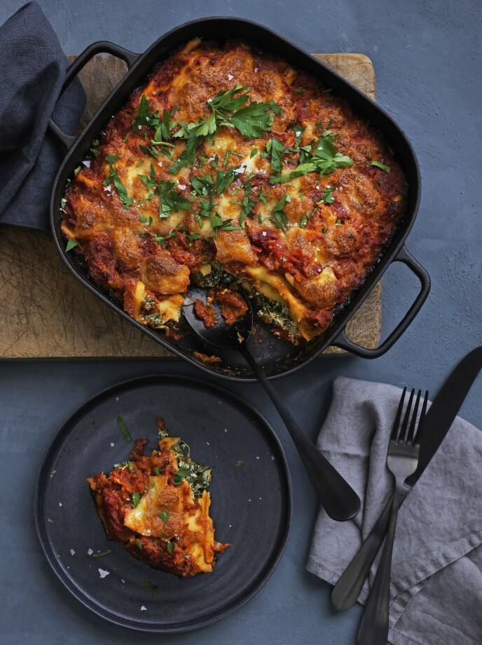 Cannelloni er pastarør som fylles med lekkert spinatfyll. FOTO: Columbus Leth