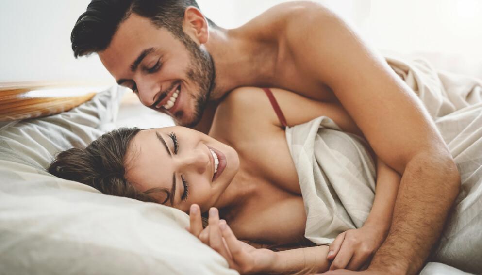 SI HVA DU LIKER: Det er lurt å gi litt veiledning i senga, og det kan føre til en bedre opplevelse for begge parter. FOTO: NTB