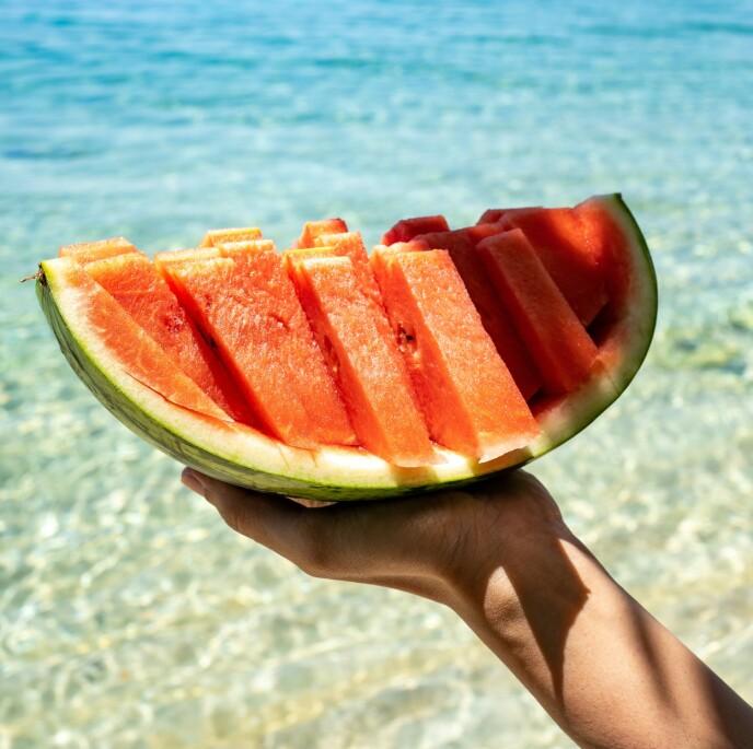 PERFEKT: Det er ikke lett å finne frem til en perfekt vannmelon - men det finnes et par tips. Foto: NTB