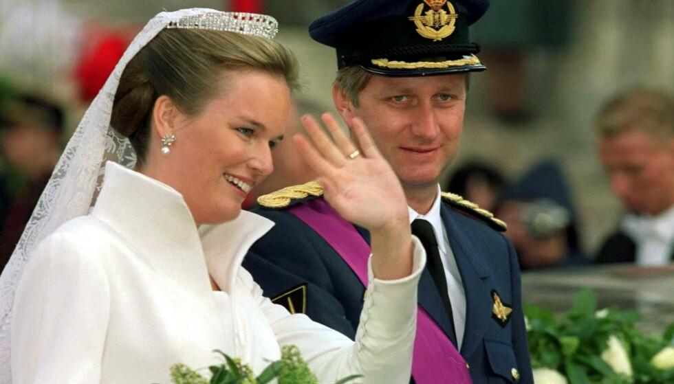 BRYLLUP: To år etter lillesøsterens dødsfall sto bryllupet mellom kronprins Philippe og Mathilde. Det var lillesøster Marie-Alix som introduserte paret for hverandre. FOTO: NTB