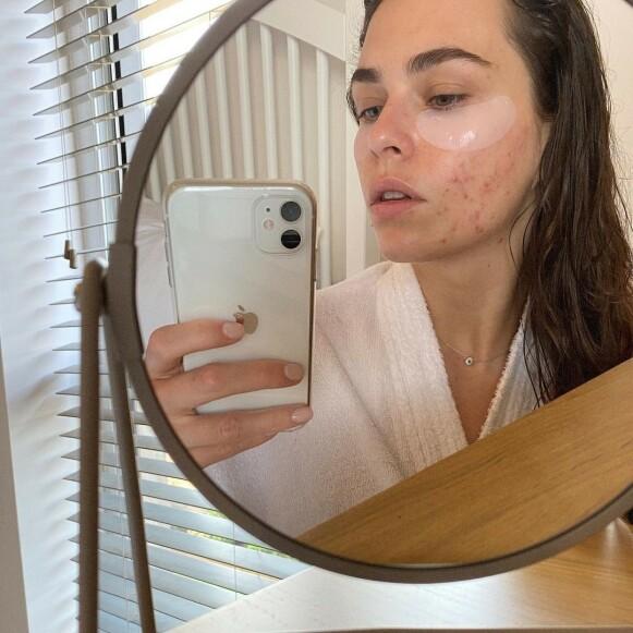 UTEN FILTER: Den London-baserte makeupartisten Sasha Louise Pallari deler ekte bilder med sin nesten 40 000 følgere. Hun er også skaperen av hashtaggen #FILTERDROP. FOTO: INSTAGRAM @SASHALOUISEPALLARI