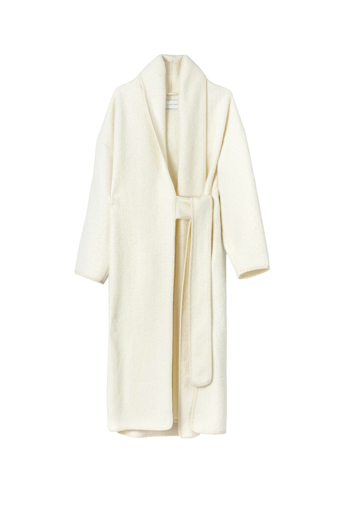 Norske Esp lager de vakreste, varmeste kåpene (kr 5900).