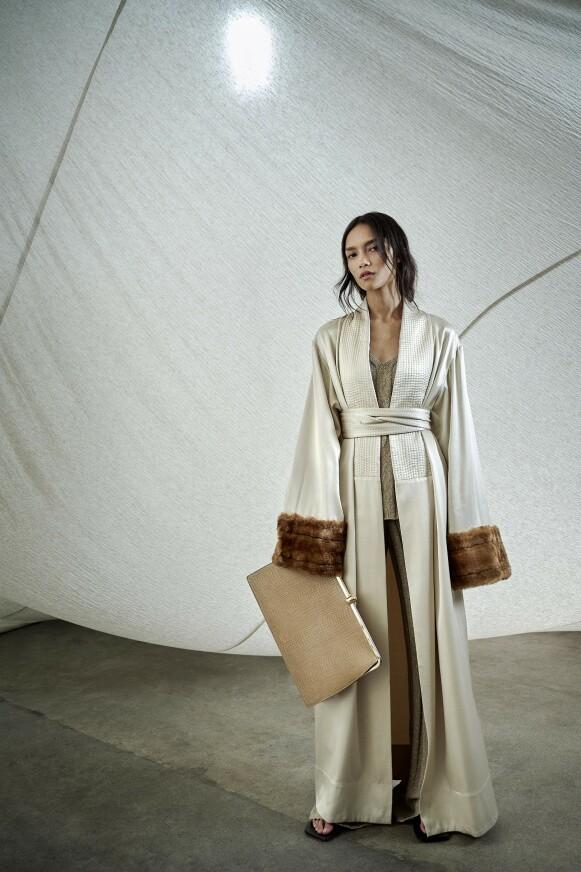 DRØMMEKÅPE: Denne kåpen eller kimonoen fra By Malene Birger står høyt på sjefredaktør Ingeborg Heldal sin ønskeliste. FOTO: COPENHAGEN FASHION WEEK