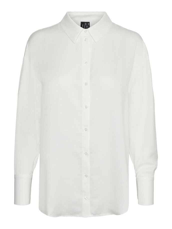 Skjorte (kr 400, Vero Moda).