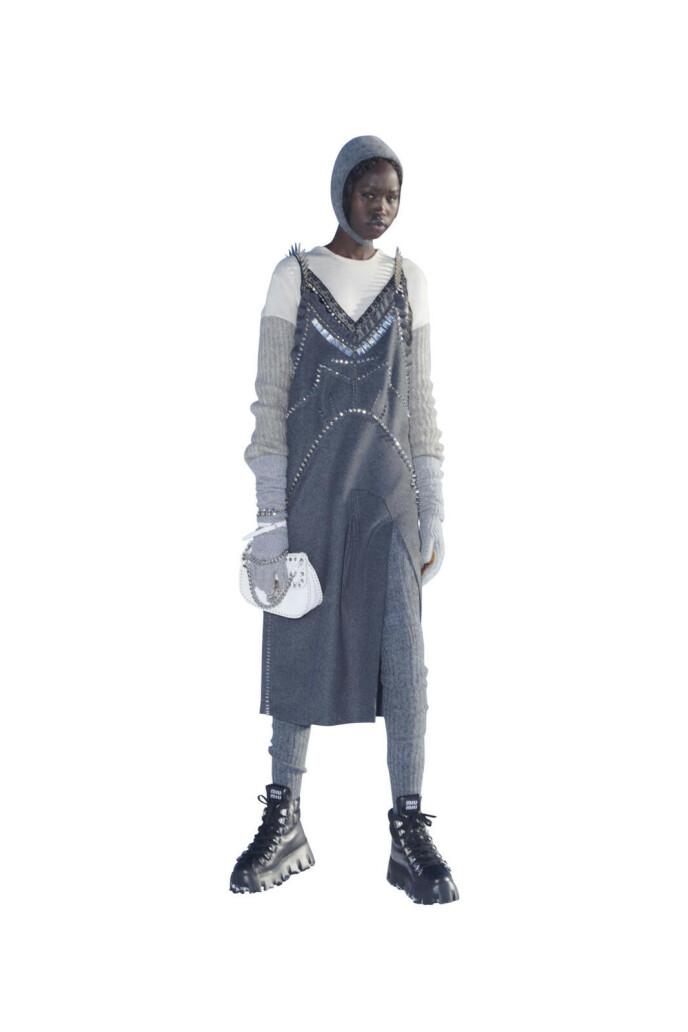 Grove boots med kraftig såle er en sikker vinner denne sesongen og en fin kontrast til ull. Fra Miu Miu.