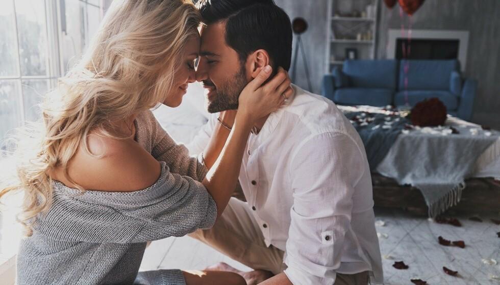 STARTER SOM VENNSKAP: Mange romantiske forhold begynner som vennskap, viser nye undersøkelser. FOTO: NTB