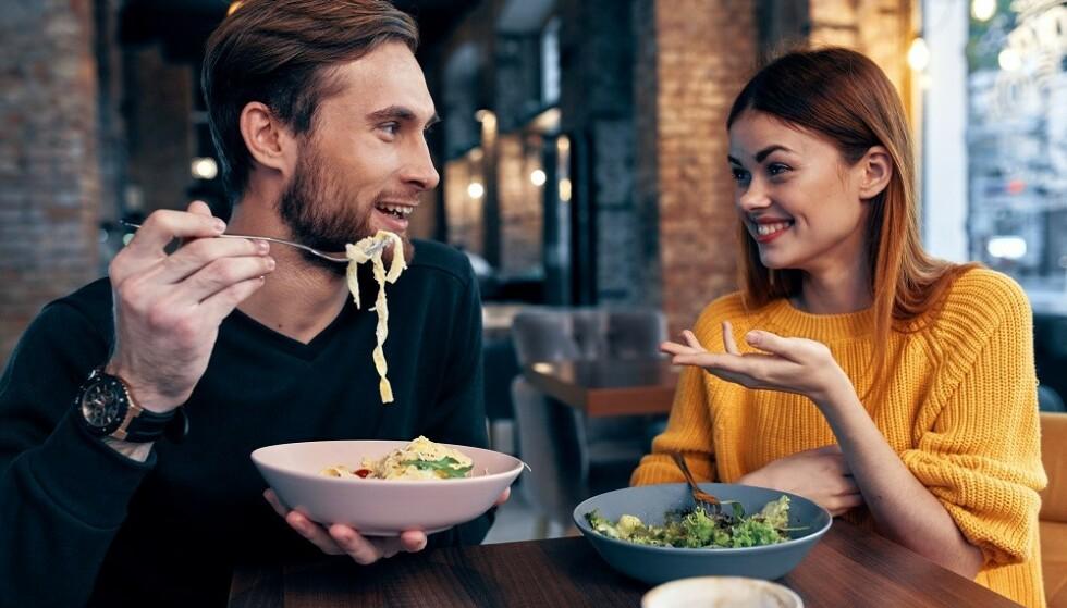 VENNSKAP: Undersøkelser viser at så mye som 70 prosent av romantiske forhold kan ha startet som vennskap. FOTO: NTB
