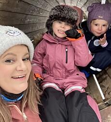 ULIKE TEGN PÅ AUTISME: Aurora (5,5) og Oliver (4) har hver sin autisme-diagnose, som kommer til syne på ulike måter. FOTO: Privat