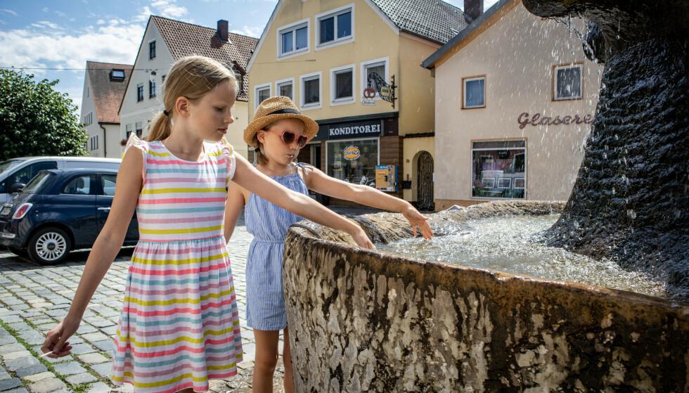 EUROPA RUNDT: Familiens plan er å oppleve flest mulig europeiske land, uten å stresse fra sted til sted. FOTO: Privat