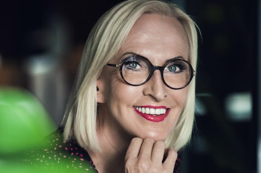 KAREN MARIE ELLEFSEN: Den folkekjære TV-profilen er endelig å se på skjermen igjen! FOTO: Astrid Waller