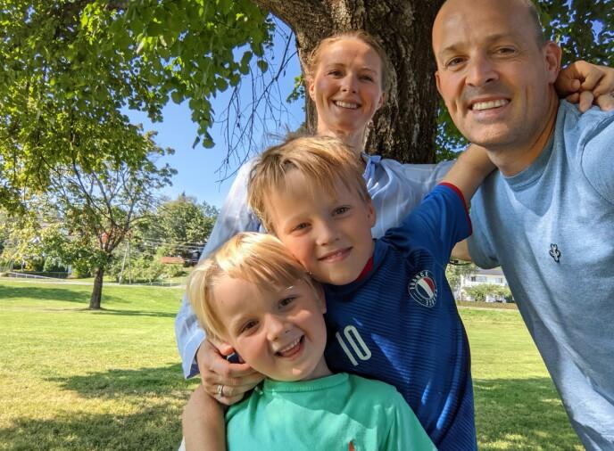 FAMILIEN: Kaja sammen med mann og barn. Foto: Privat